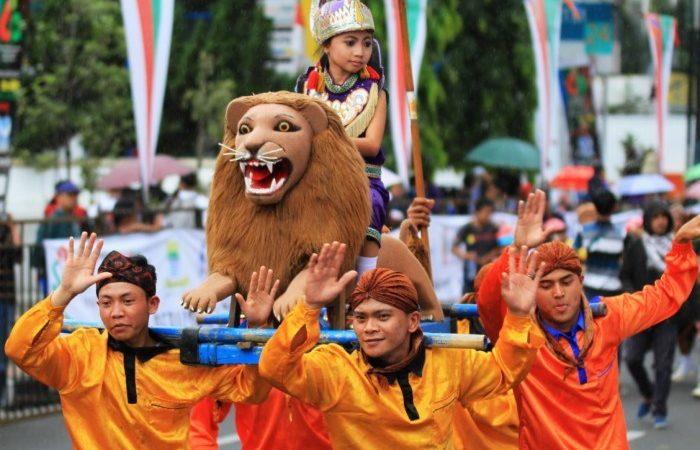 Inilah Sejarah Kesenian Sisingaan Subang