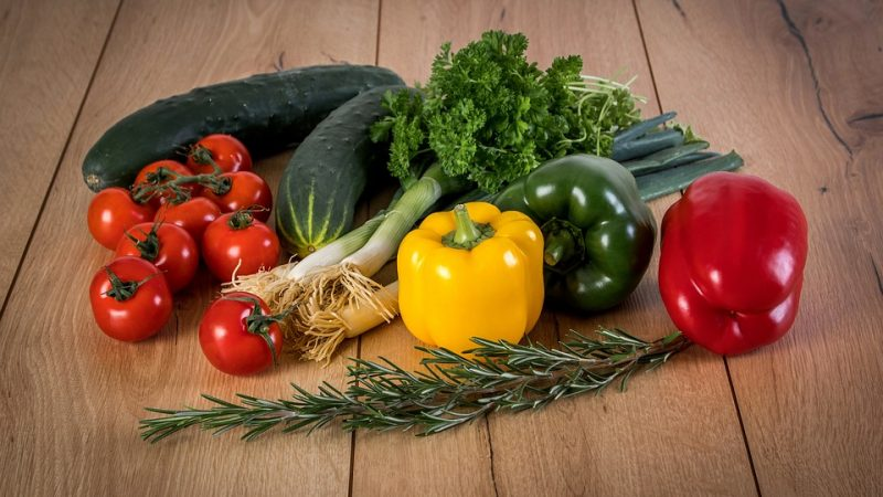 Takut Tertular Covid-19, Inilah Cara Mencuci Sayuran dan Buah Menurut Para Ahli