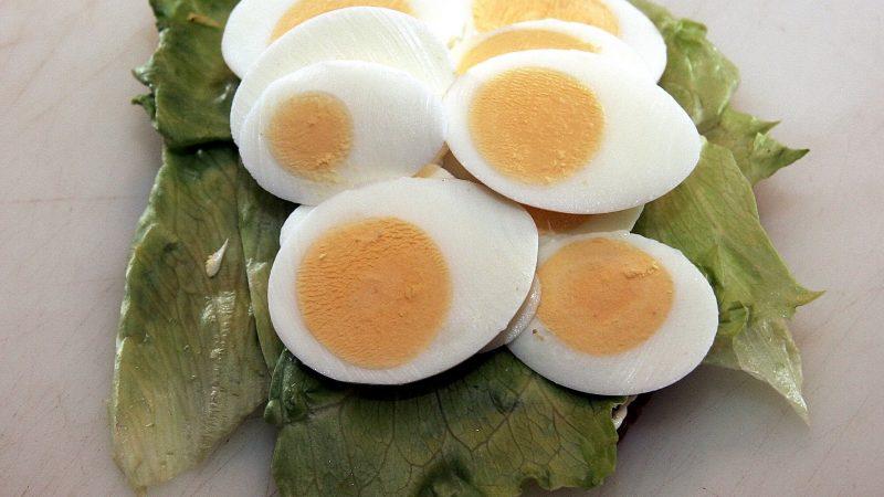 Harus Tau, Begini Cara Membedakan Telur Asin Berkualitas Tinggi